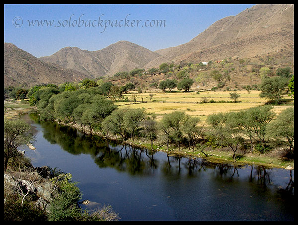 Landscape On The Way to Kumbhalgarh.jpg