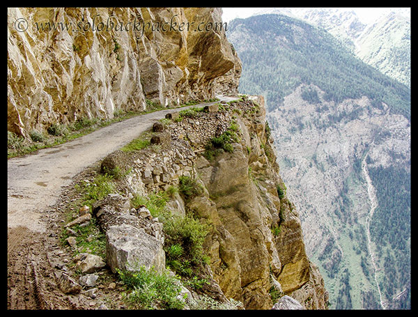 13000 feet from top to bottom..Kalpa-Roghi Road