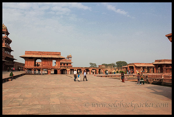 Vast expanse of Royal Enclosure @ Fatehpur Sikri