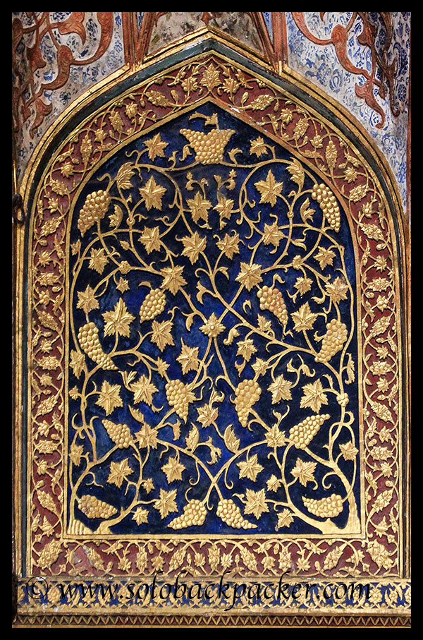 Inlay work at the wall @ Akbar's Tomb, Sikandara, Agra