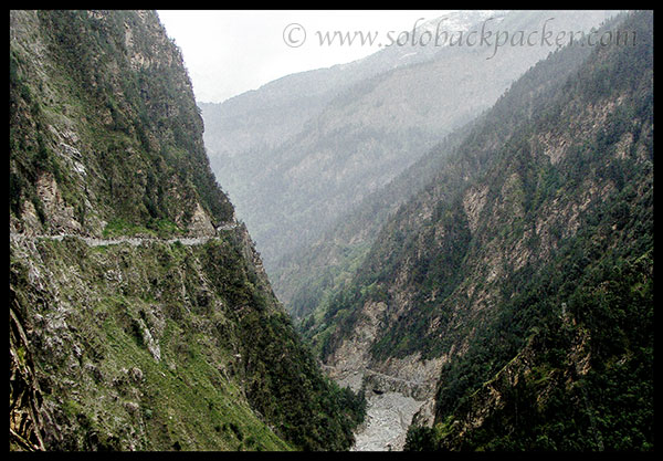 Road from Karcham to Sangla