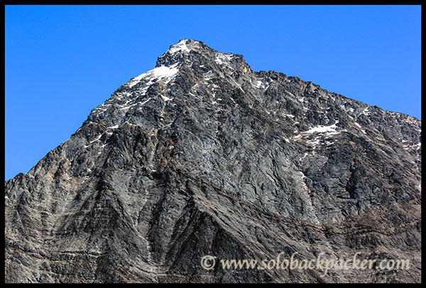 Another Peak between Trishul and Nanda Gunti