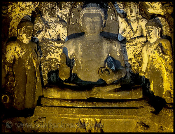Lord Buddha in preaching pose surrounded by Boddhisatvas @ Cave 4