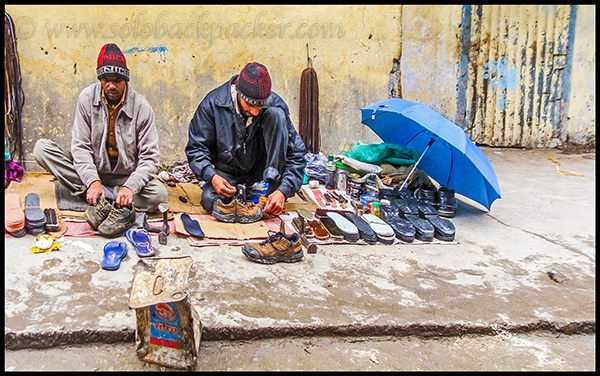 Shoes repairing at Ghangharia