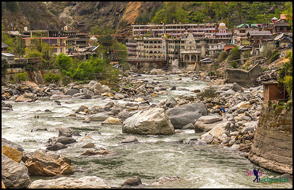 Parvati River in Manikaran